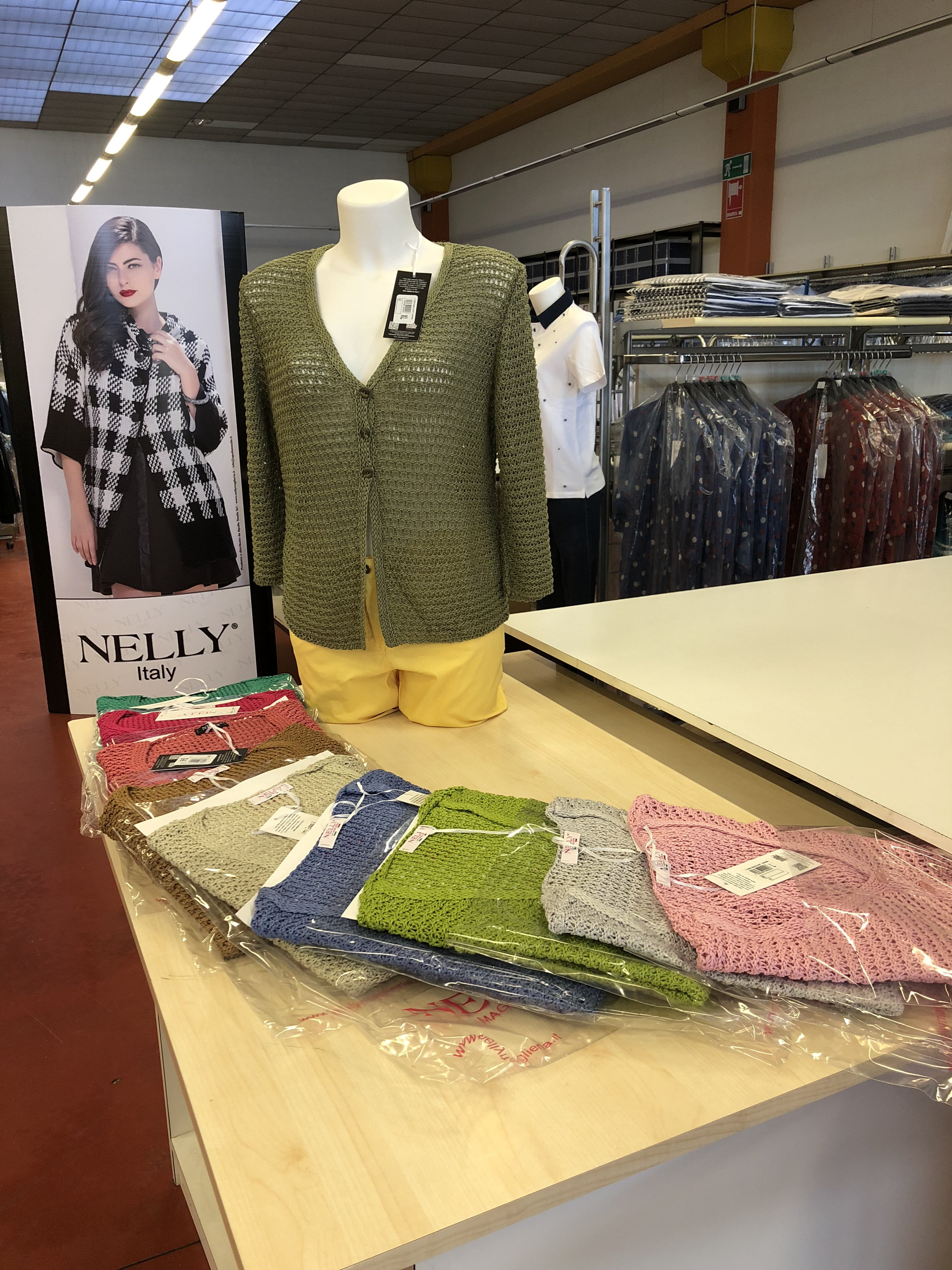 Maglieria Donna Nelly®Italy in stock