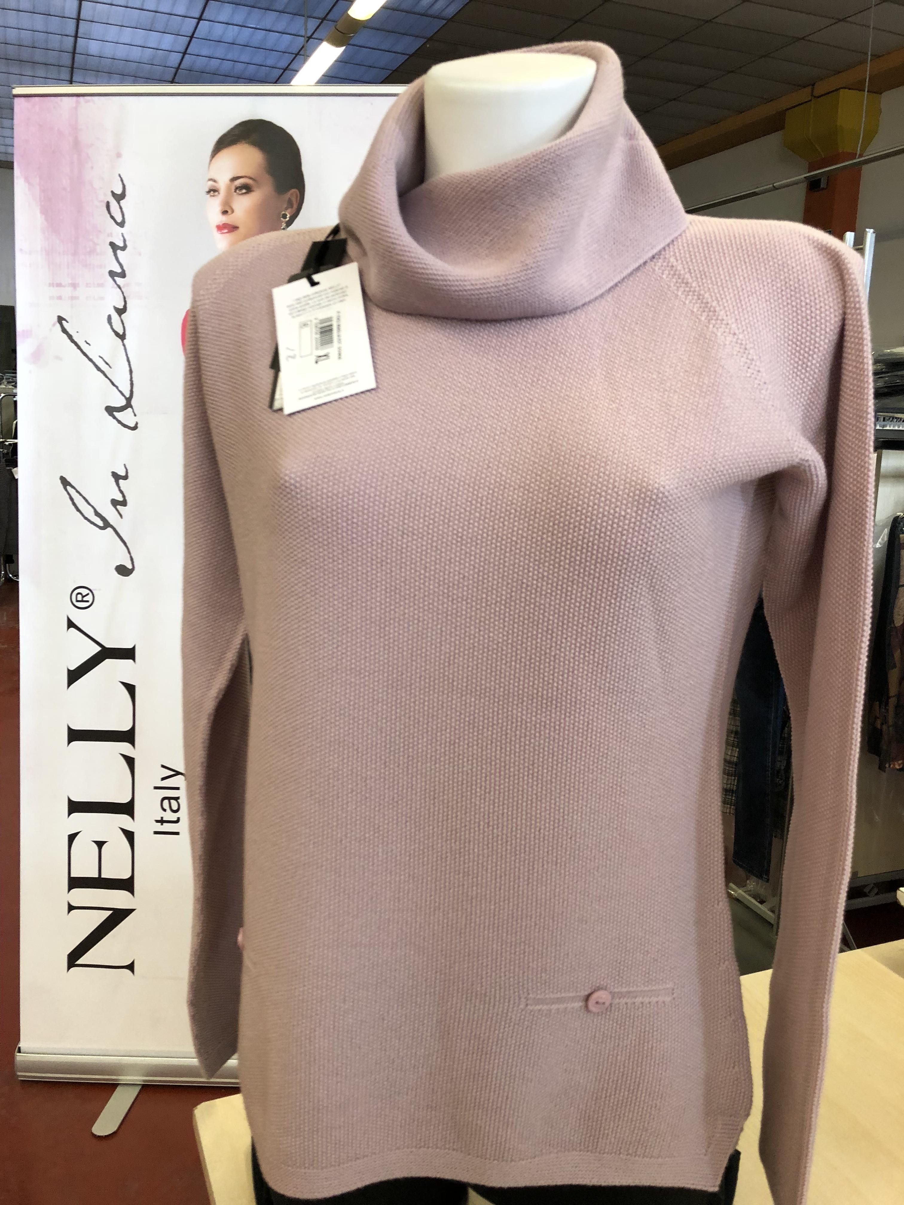 Stock maglieria in pura lana donna