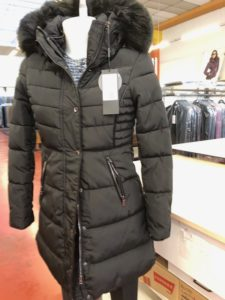 Giubbotti invernali per Donna colore Nero - ingrosso online
